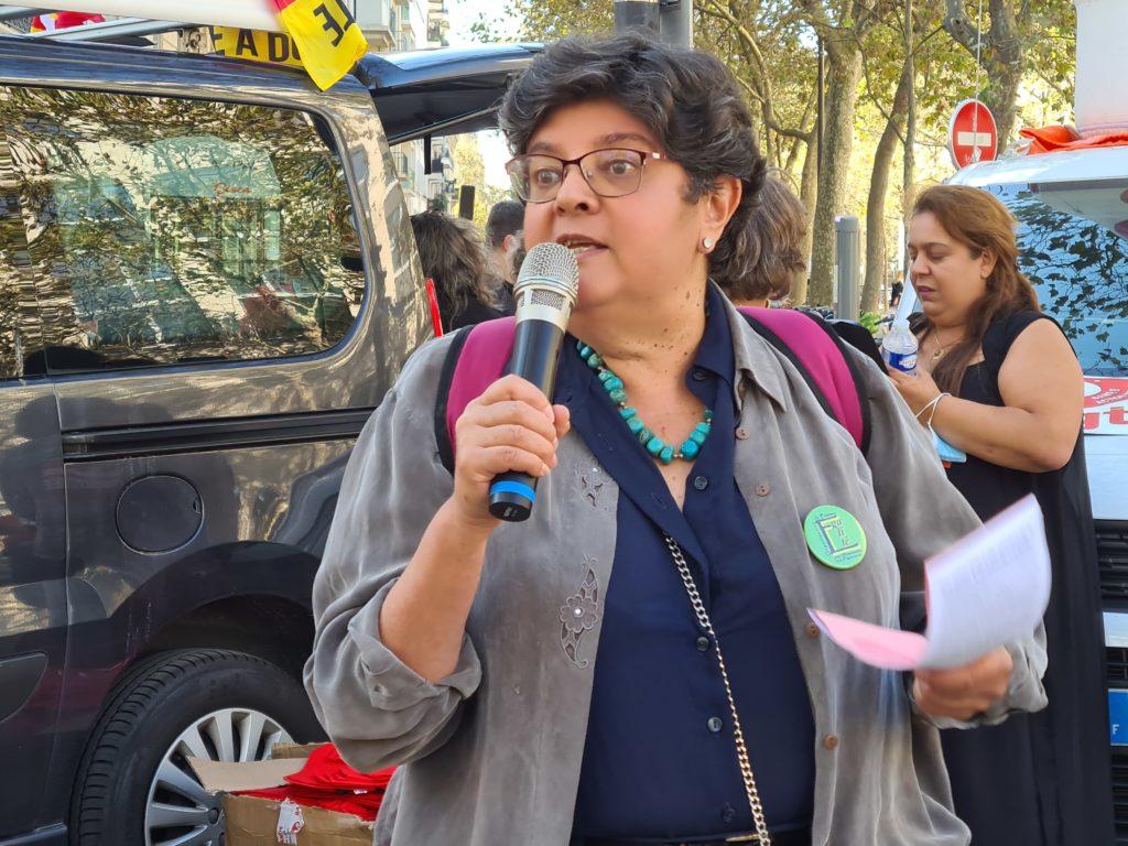 Ana Azaria, venue soutenir les aides à domicile, oubliées du Ségur